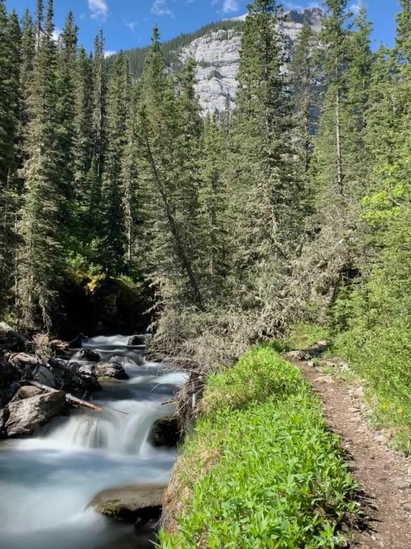 Memorial Lake Trail