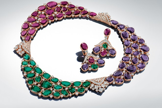 Mediterranean Hues: This seascape necklace, with its bold trio of colours that embody light and transparency, epitomises quintessential Bulgari qualities. Emerald pebbles (68.10 ct), amethysts (64.56 ct) and tourmalines (60.73 ct), famed since antiquity for inspiring poets, combine in a striking chromatic combination.