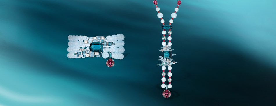 Lumières d'Eau bracelet in white gold, diamonds, aquamarines, tourmalines, a cushion-cut red spinel and an indicolite tourmaline, and Lumières d'Eau long necklace in white gold, aquamarine, spinels, tourmalines, garnets, diamonds.