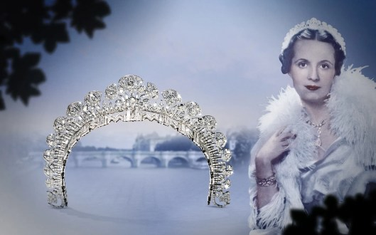 1934: The Begum Aga Khan, the third wife of Mohamed Shah Aga Khan III, ordered an Egyptian-inspired tiara from Cartier London in 1934. In platinum and old- and baguette-cut round diamonds, it is composed of two parts. The upper part forms a halo of stylized lotus blossoms while the lower part, with its zigzag motifs, may be detached to form a bandeau.