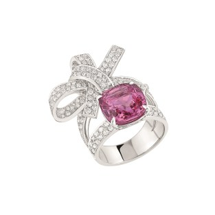 """Les Intemporels de Chanel. """"Ruban"""" ring in 18K white gold set with an 8-carat cushion-cut pink sapphire and 174 brilliant-cut diamonds for a total weight of 1.8 carat."""
