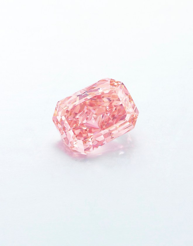 Rectangular-cut Fancy Vivid Pink Diamond