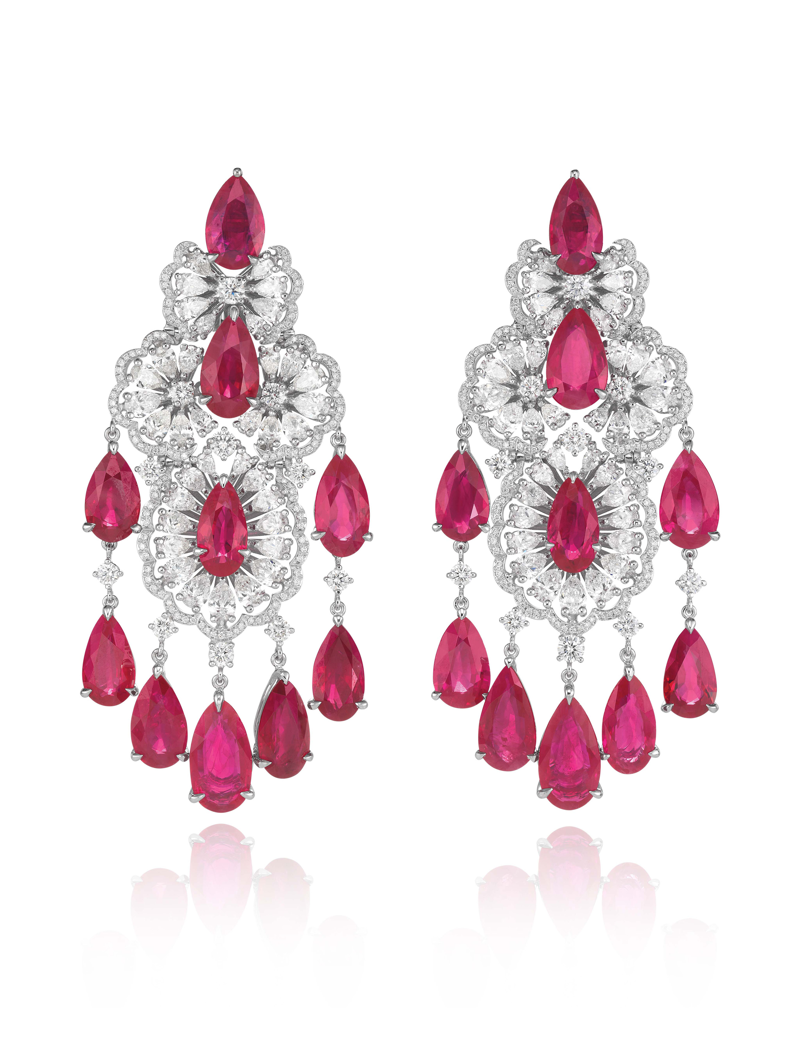 Earrings in 18k white gold set with pear-shaped rubies (46.5cts), pear-shaped (7cts) and brilliant-cut diamonds