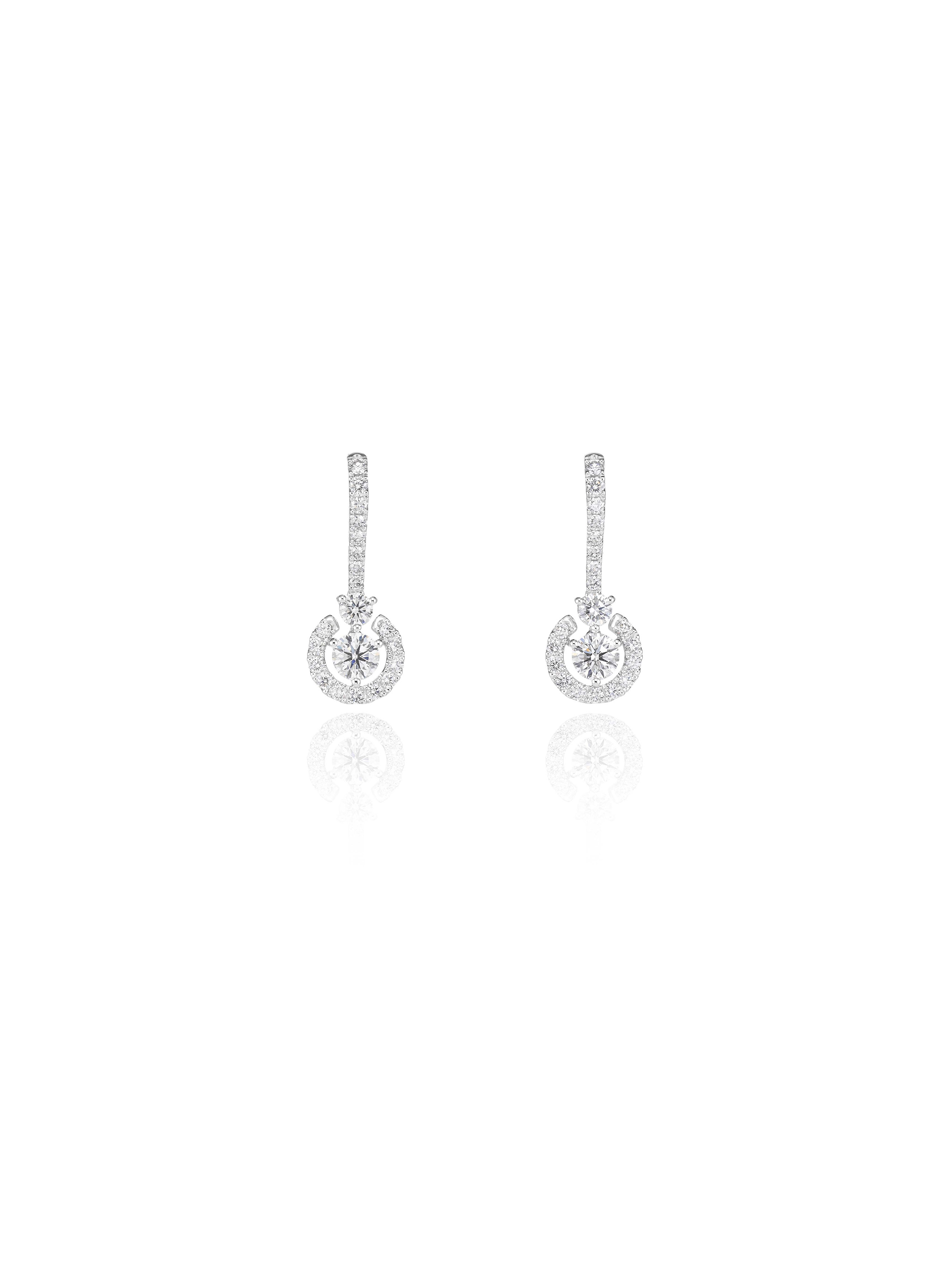 Green Carpet earrings