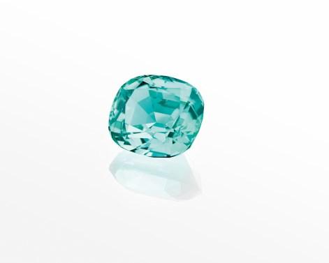 One cushion-cut green tourmaline of 15.73 carats.