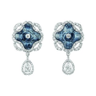 """""""Fascinante"""" earrings in 18K white gold set with 2 pear-cut diamonds for a total weight of 1.5 carat, 114 brilliant-cut diamonds for a total weight of 3.1 carats and enamel. CHANEL Joaillerie"""