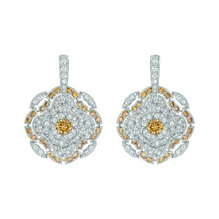 """""""Particulière"""" earrings in 18K white gold set with brilliant-cut brown diamonds and white diamonds CHANEL Joaillerie"""