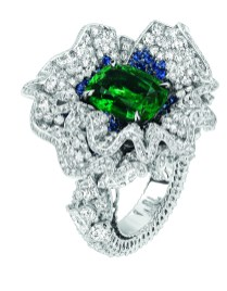 Volant Emeraude Ring. 750/1000 white gold, diamonds, sapphires and emeralds.