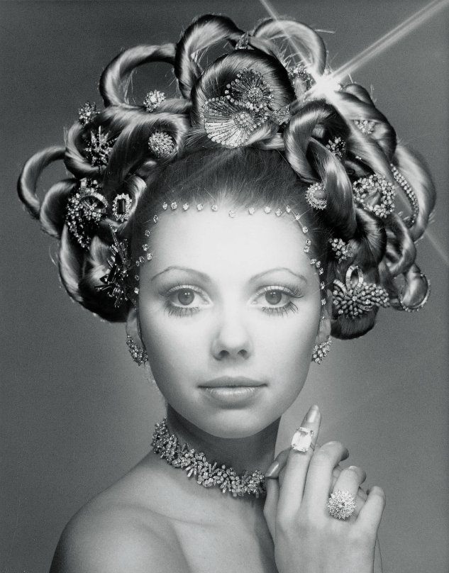 In 1970, inspired by the court hair fashion of 18th-century Versailles, Laurence Graff created his famous $1m Hair and Jewel Coiffure.