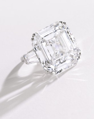 Magnificent Platinum and Diamond Ring (estimate $3.5/4.5 million), set with a square emeraldcut diamond weighing 38.27 carats, D color, VVS2 clarity and type IIA – on offer from the Estate of an Italian Countess sold to benefit her charitable foundation. Estimate: $3.5/4.5 million