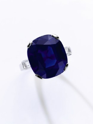 A Kashmir sapphire-diamond ring. A superb sapphire and diamond ring weighing 16.40 carats with certified no evidence of heating. Origin: Kashmir. Estimate: $1,800,000-2,800,000.