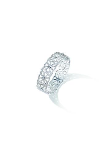 """Extremely Piaget """"Décor Dentelle"""" Bracelet. 18k white gold, 901 brilliant-cut diamonds (circa 6,9 carats)"""