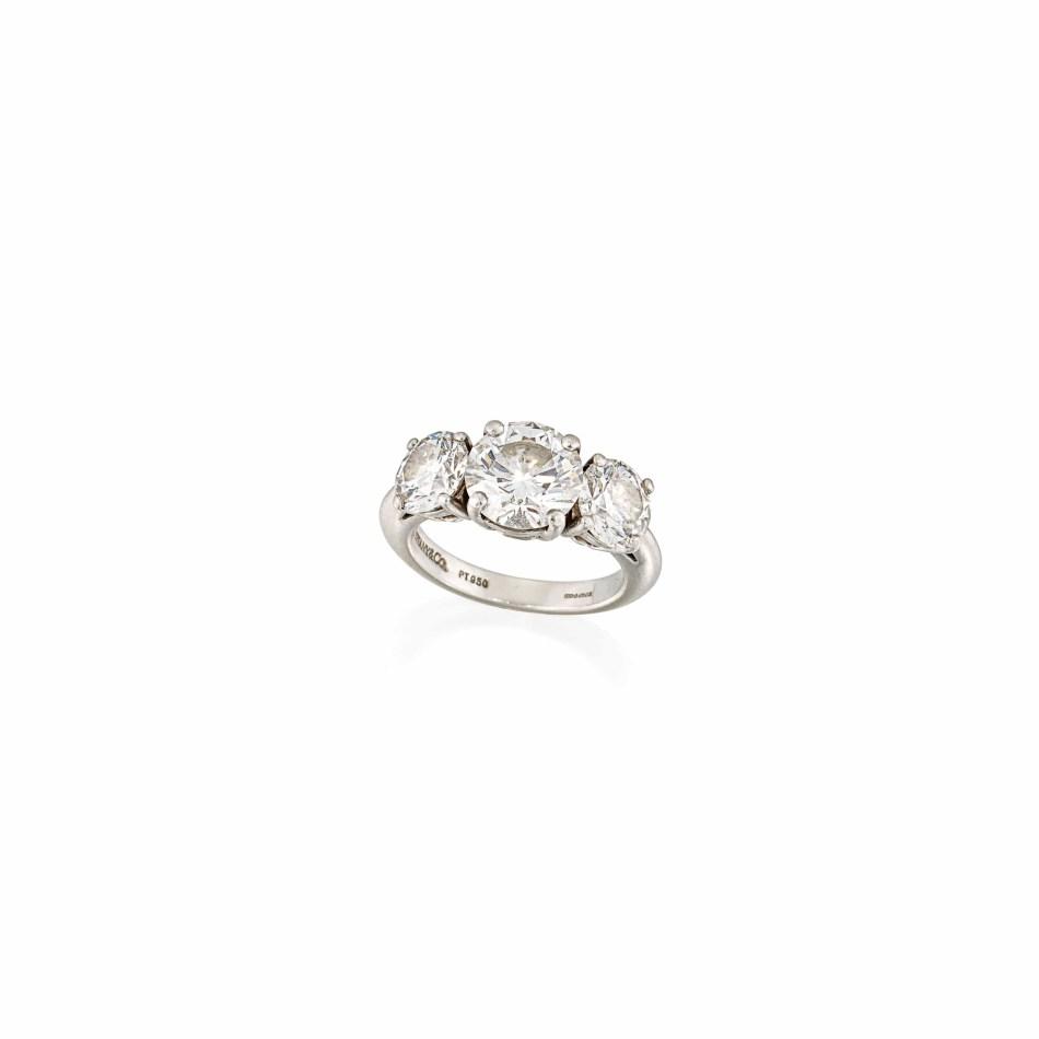 Lot 56 (three-stone_diamond_ring_tiffany_co)