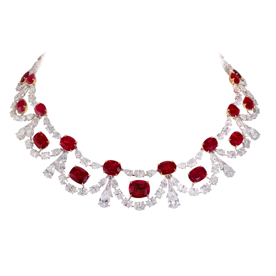 Moussaieff - Burma ruby (77.06cts) and diamond (60.77cts) necklace set in platinum