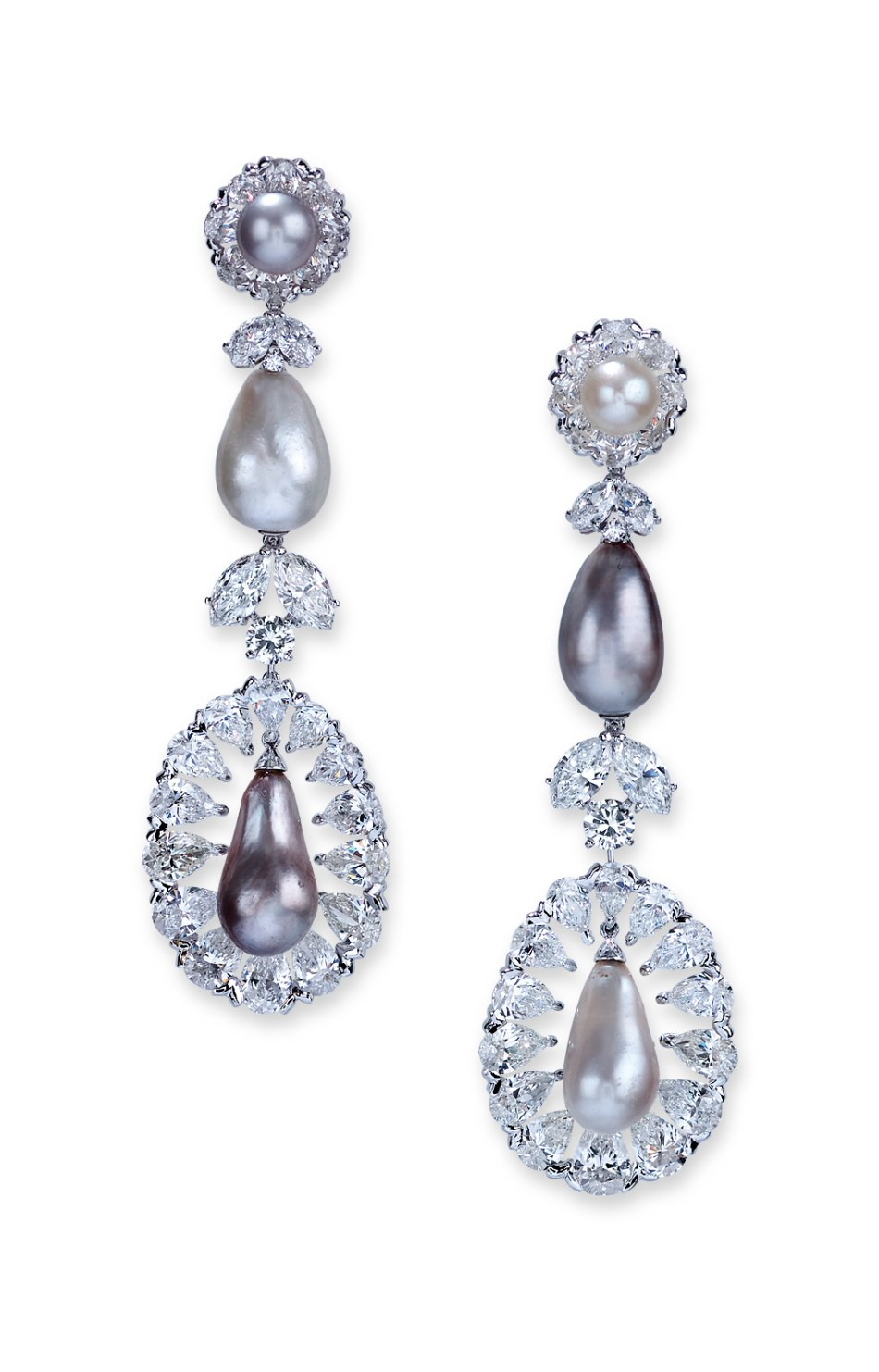 Moussaieff Pearl (87.02cts) and diamond (33.04cts) earrings set in platinum