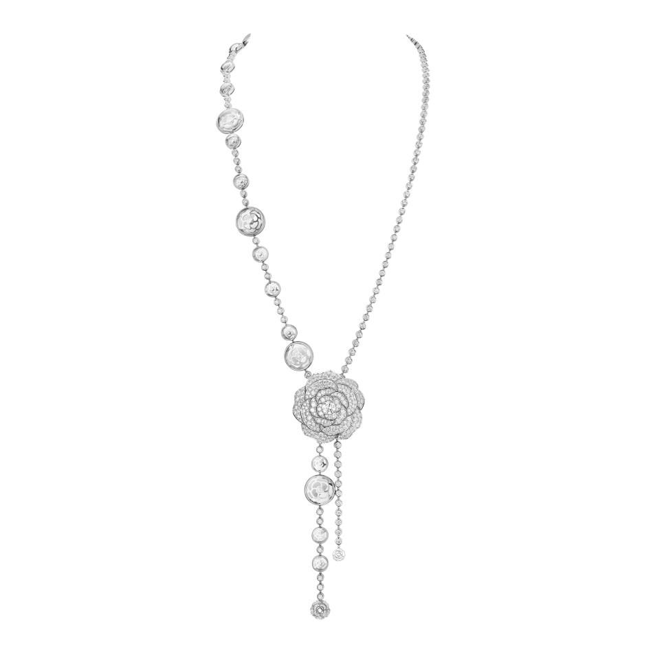 샤넬 1.5-1 Camélia, 5 Allures High Jewellery Collection. 크리스탈 환상 목걸이