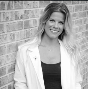 Dr Kaitlyn Popp, Owner of Highlands Chiropractic