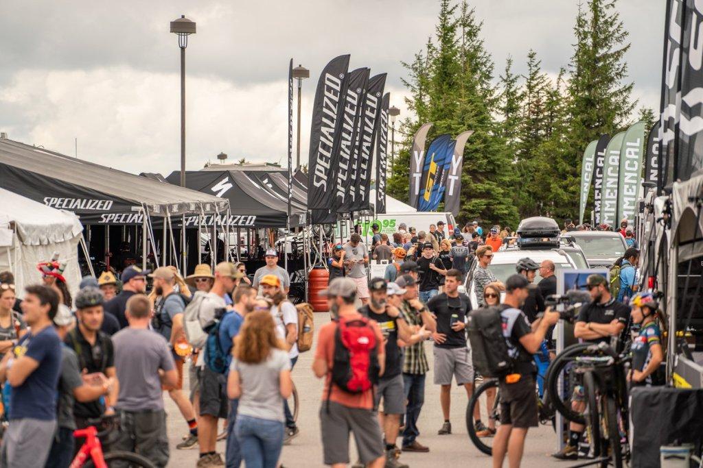 2021 Mountain Bike World Cup: Pit Scene