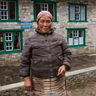 Nepalese lady at the Dudha Koshi Lodge and Restaurant between Koshigaun village and Phakding