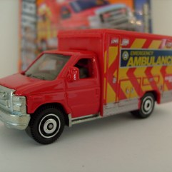 MB771 Ford E-350 Super Duty Ambulance