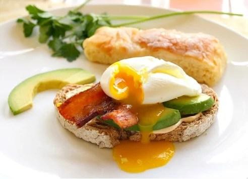 Toast, Chipotle Mayo, Bacon, Avocado, Egg Breakfast