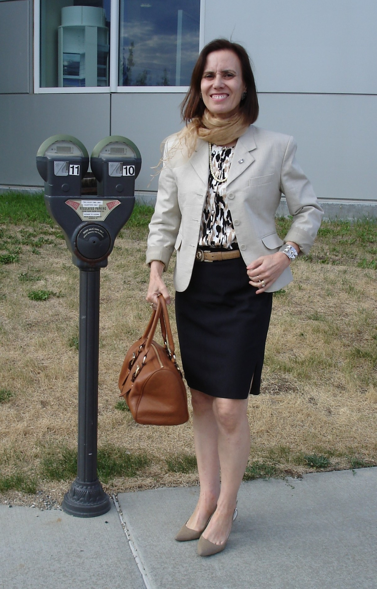stylist in Euro Chic office look