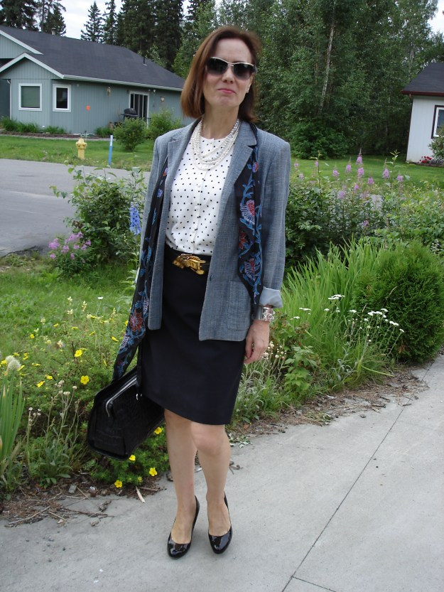 #styleover50 woman in business casual unmatch suit