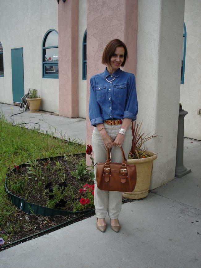fashion influencer in linen pants denim shirt