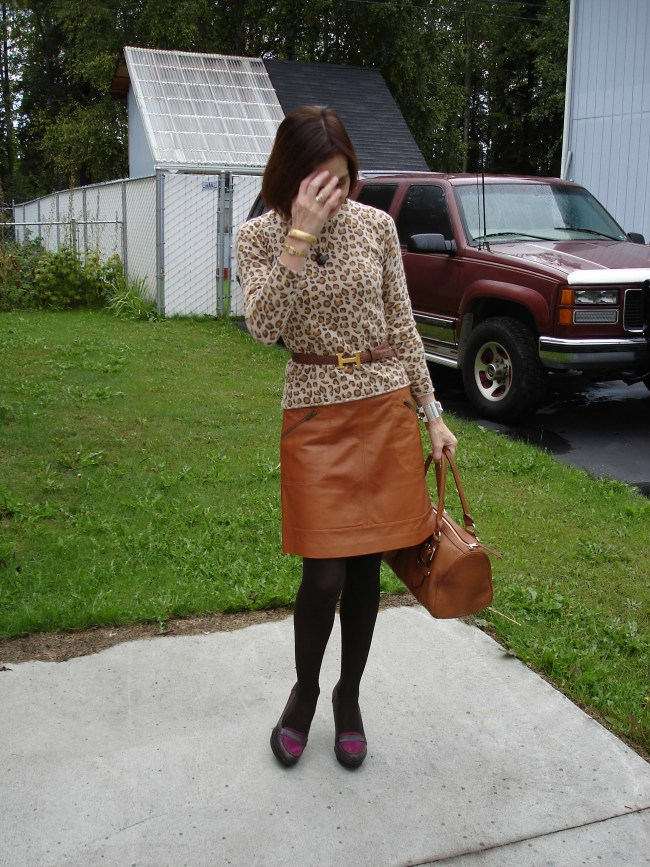 fashionover40 woman wearing leopard print
