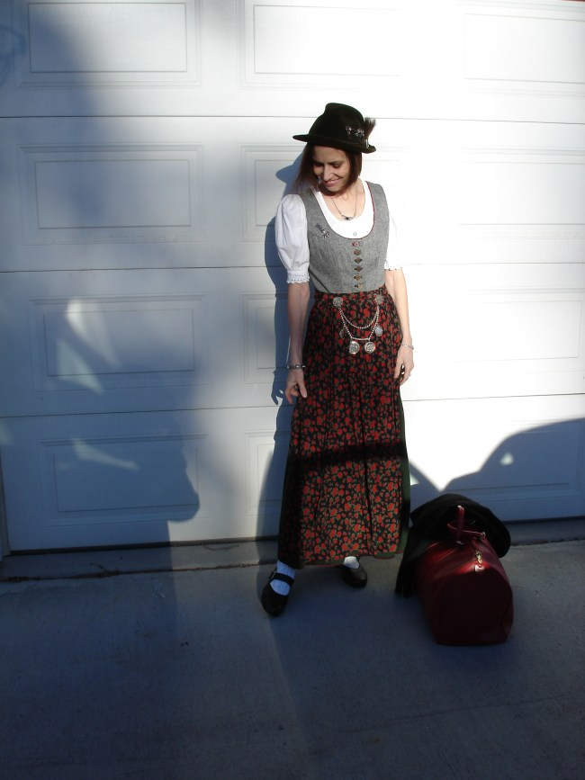 #fashionover40 mature woman wearing a Dirndl