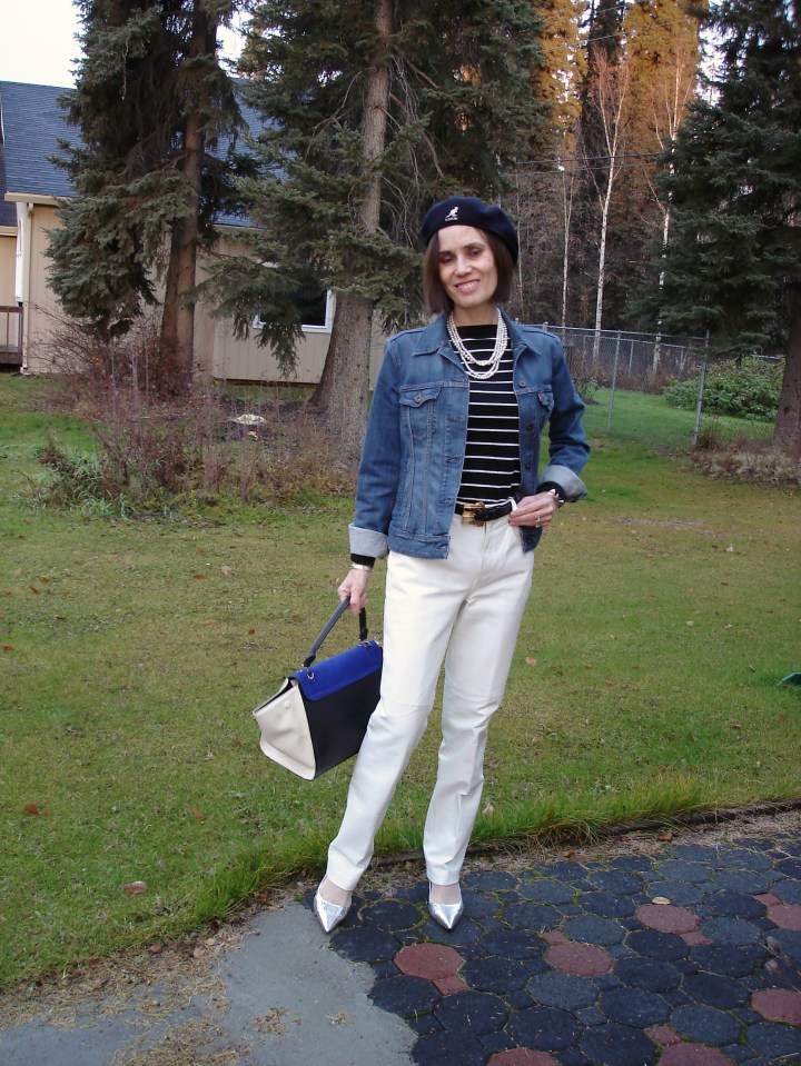 #midlifefashion woman looking effortlessly stylish with a drivers cap