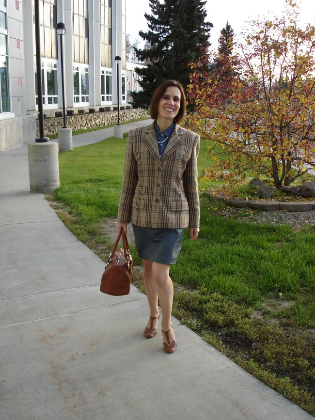 fashion over 40 Wearing a dress as skirt for the office