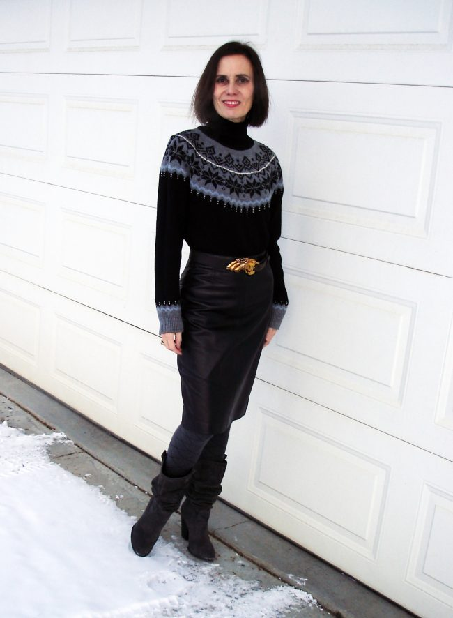 influencer in Fair Isle sweater with pencil skirt