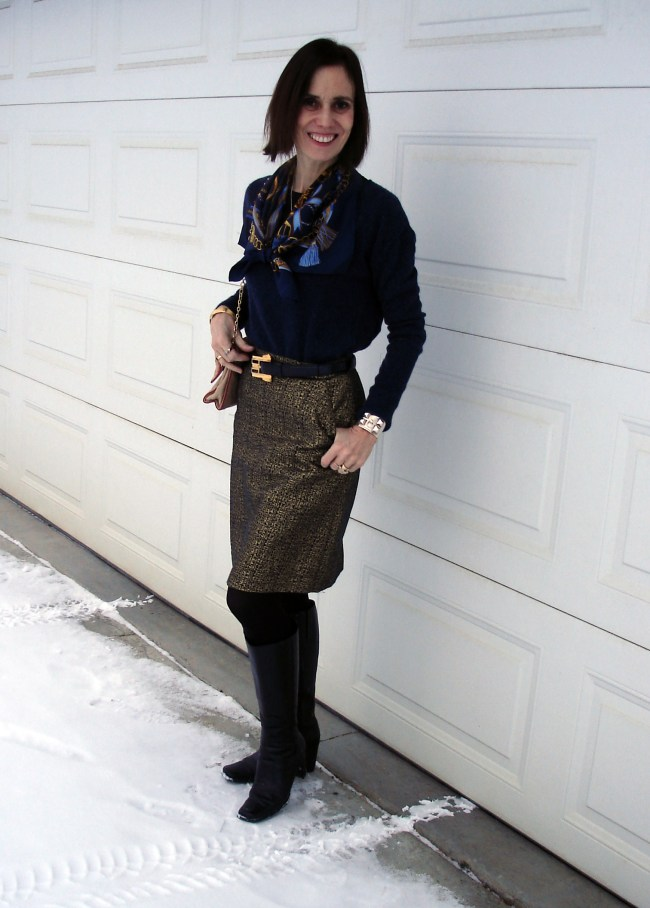 Euro chic Thanksgiving outfit in midlife