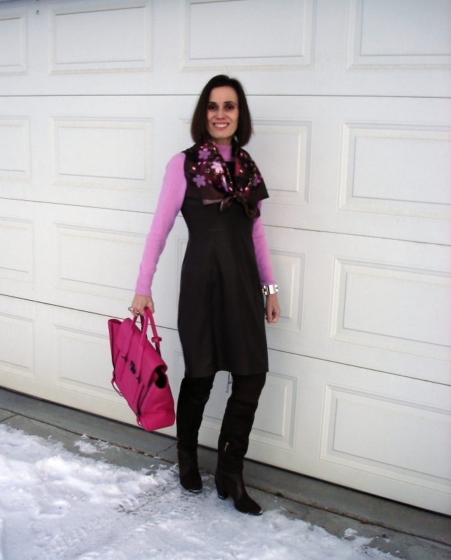 influencer in pink and brown winter office outfit