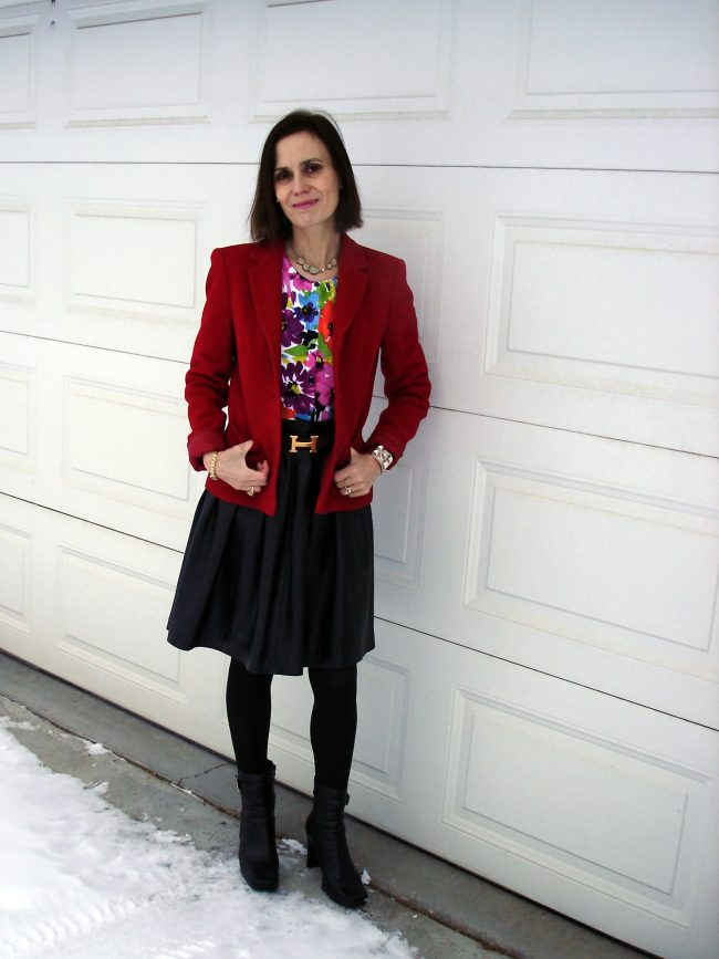 blogger featuring an outfit for First Friday