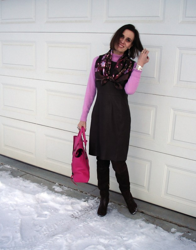 #styleover40 mature woman in winter office look