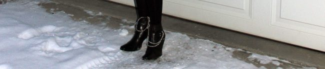 zoom in on shoe jewelry
