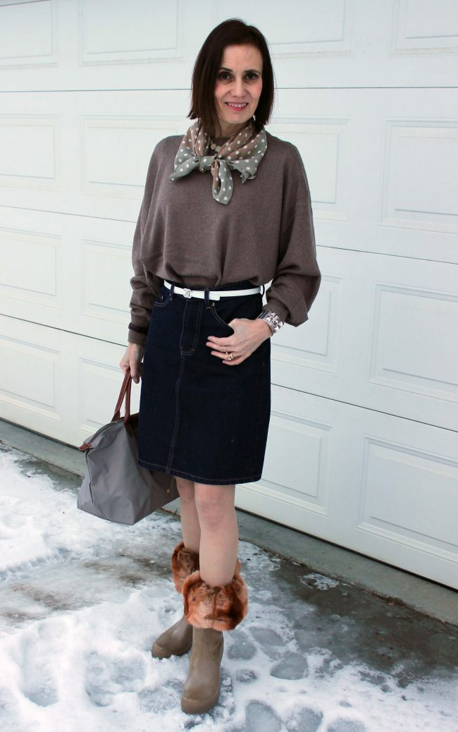 stylist in casual look with boot toppers