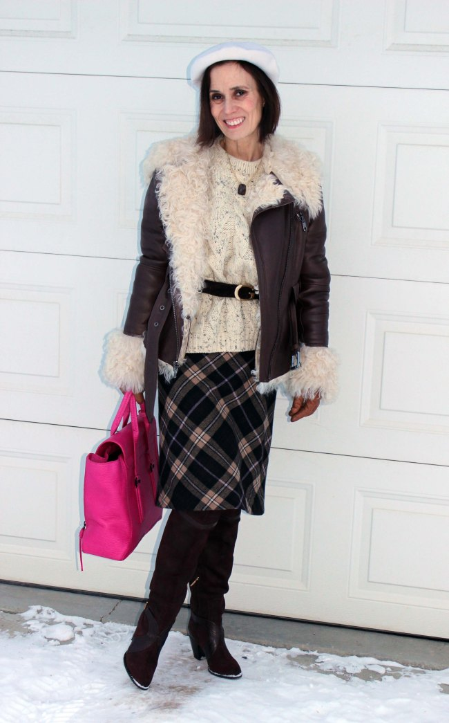 Over 50 fashion blogger in winter outfit