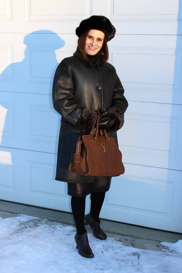 #fashionover50 woman in a brown winter look