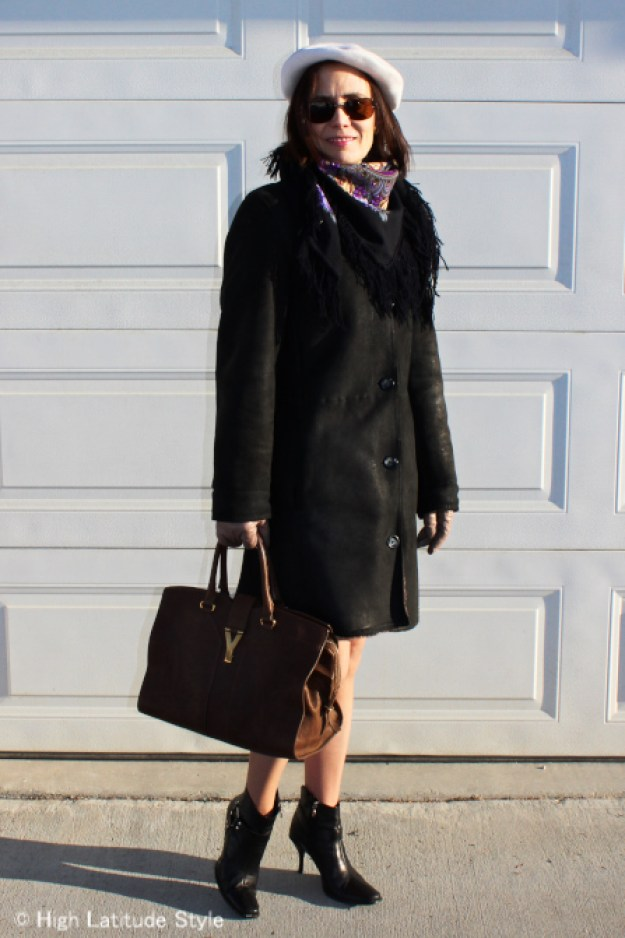 fashion blogger in outerwear
