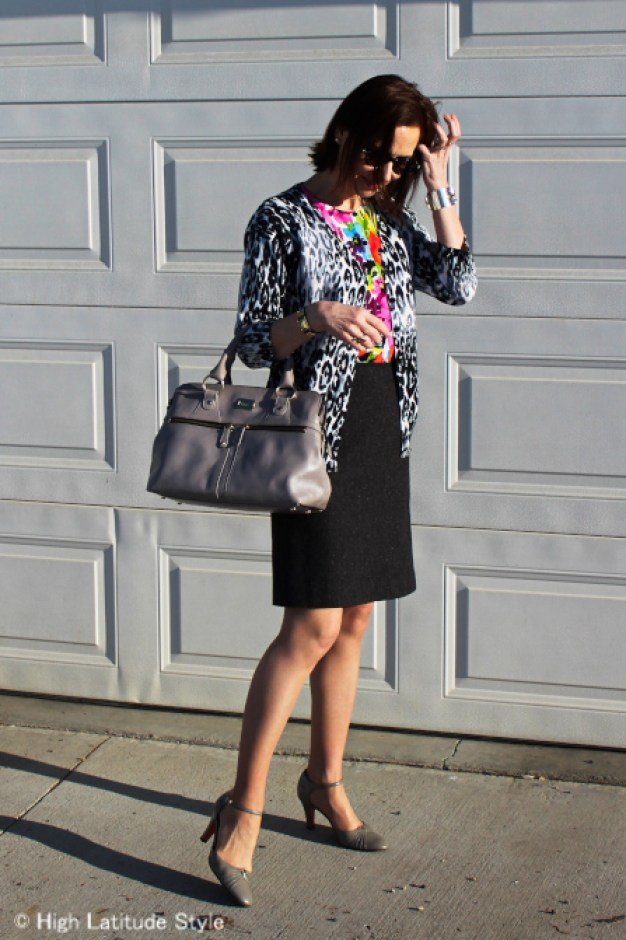 #fashionover50 Woman looking posh chic in a work outfit with with leopard and floral print