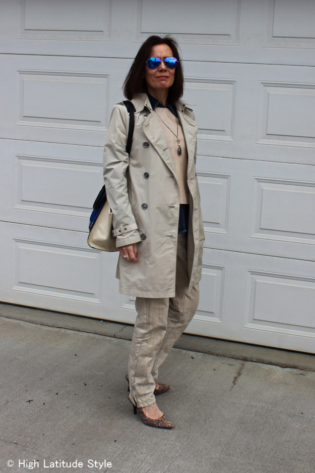 over 50 years old style blogger wearing a classic look in all neutrals with different textures