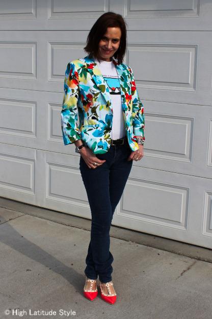 influencer in skinny jeans, floral blazer, printed top