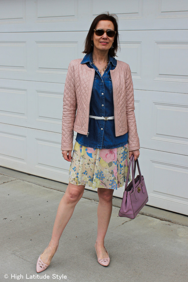 mature fashion blogger wearing a floral pastel look in April with layers