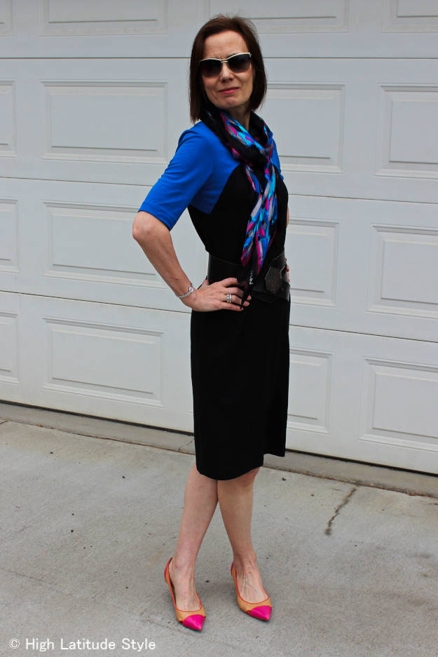 #RonenChen #D&GMsunglasses #over40 #workoutfit Mature women wearing a dress c/o Ronen Chen http://www.highlatitudestyle.com