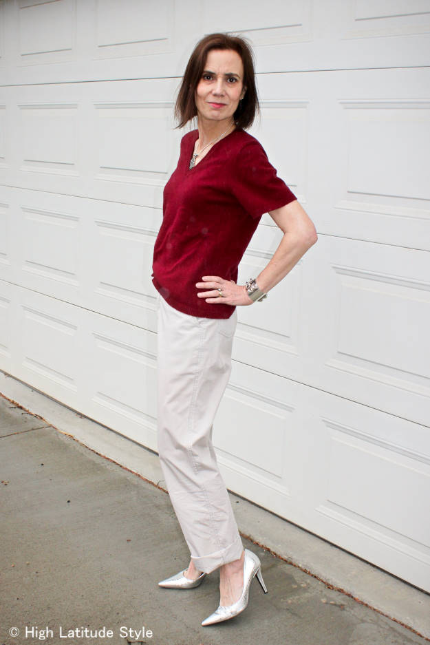 over 50 years old fashion blogger in chinos and silver pumps