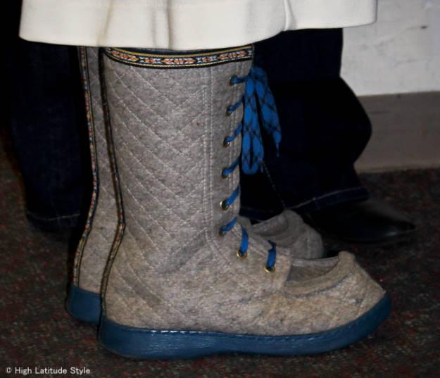 #fashionHistory #lobbenBoots calf high lobben boots