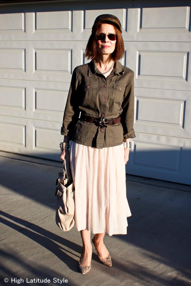 Military inspired short outerwear mesh skirt